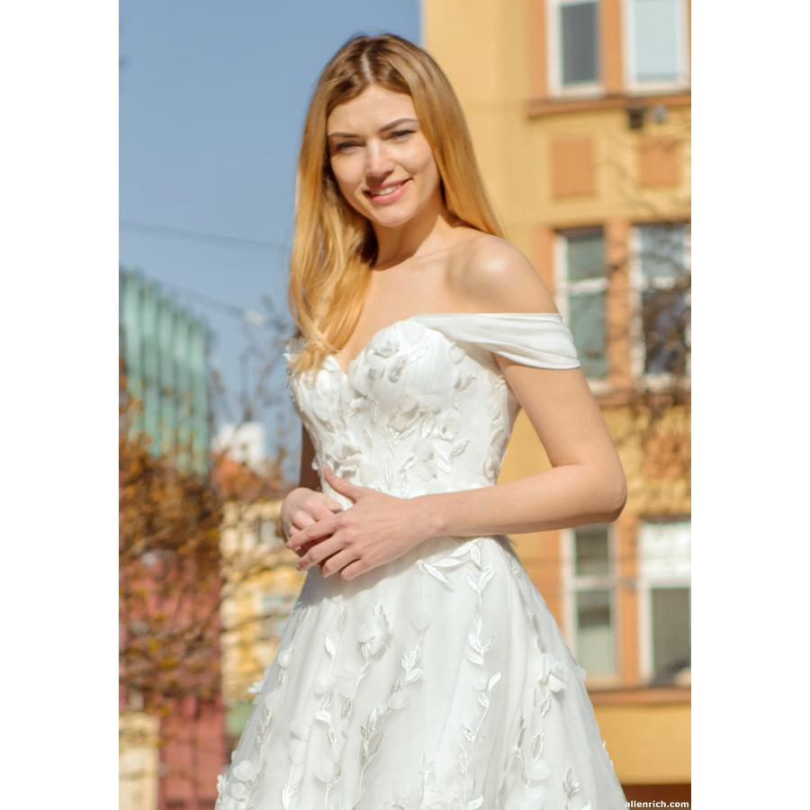 Wedding dress GADOR