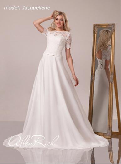 Wedding dress  JACQUILIENE
